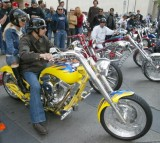 Pamela Anderson and Kid Rock Motorcycle Ride to Hawthorne