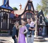 Sarah Michelle Gellar And Freddie Prinze Jr. Visit Disneyland