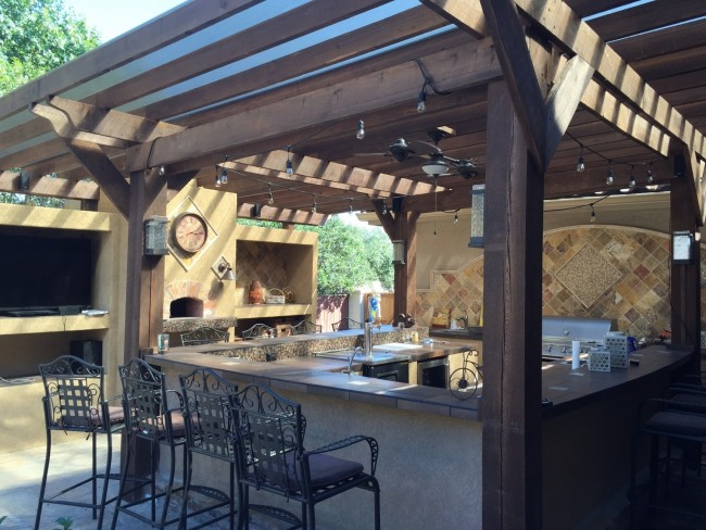 The Health and Wellness Benefits of an Outdoor Kitchen