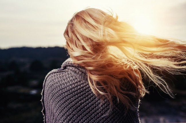 How To Keep Your Hair Healthy In Winter