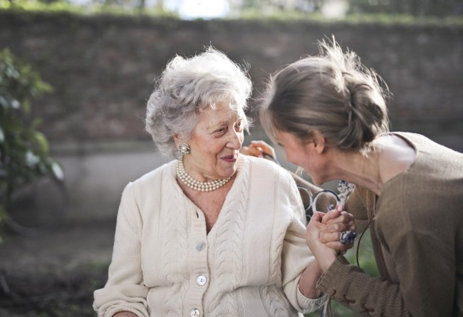 These 5 Tips Can Help You Stay Healthy as You Grow Older