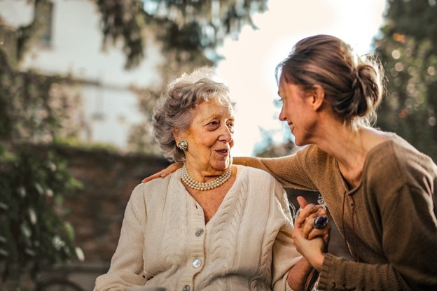 5 Ways to Show Your Mom You Love Her