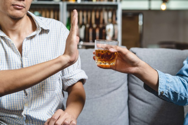 7 Ways To Overcome Excessive Drinking