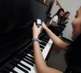 texting, piano, music