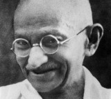 Pacifist Mahatma Gandhi Mohandas Karamchand Gandhi